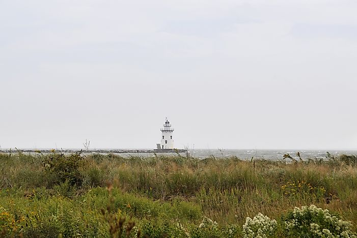 10 Oldest Connecticut Lighthouses