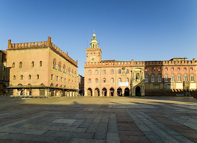 University of Bologna - Educational Institutions around the World