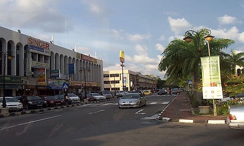 Which Are The Biggest Cities In Brunei?