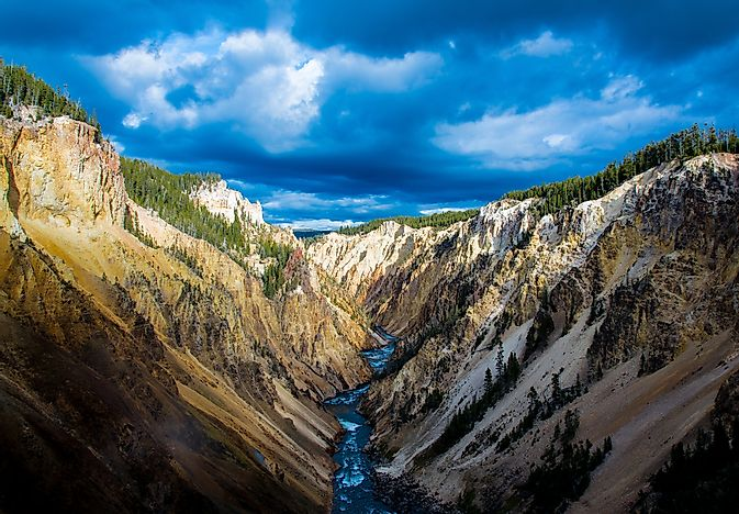 Where Is Yellowstone National Park?