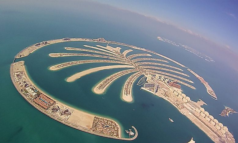 Man made islands in dubai worldatlas 5 palm jumeirah gumiabroncs Gallery
