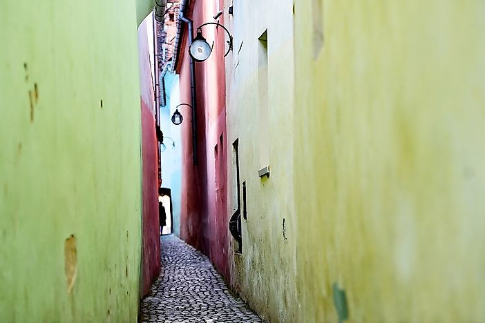 The Narrowest Streets in the World