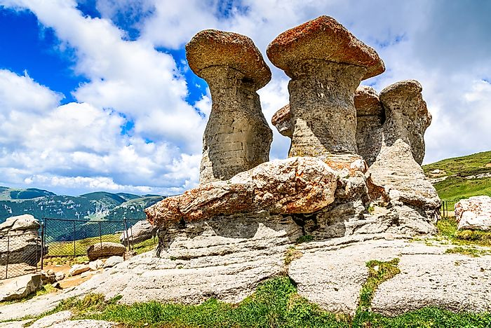 The mushroom like formations of Sphinx and Babele.