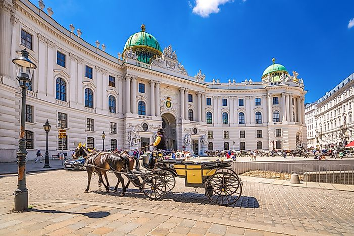 Where Does The President Of Austria Live?