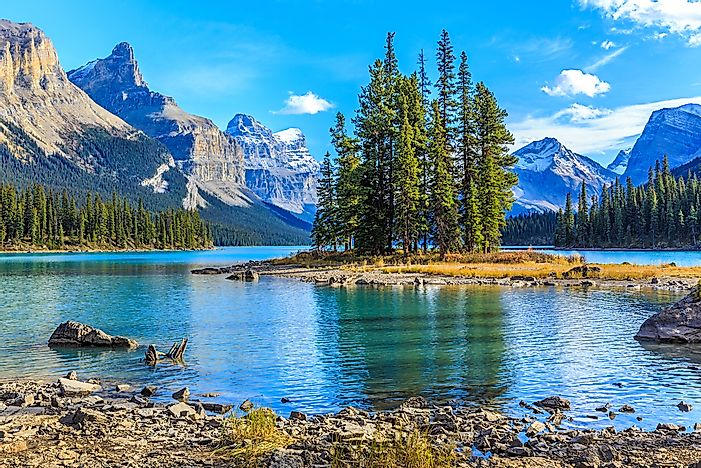 Maligne Lake, Jasper National Park.