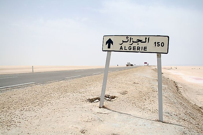 Which Countries Border Algeria?