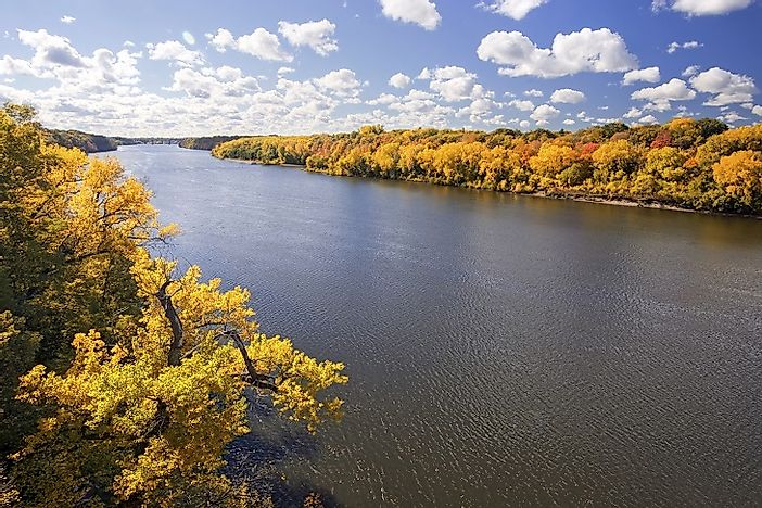 Stretch of the mississippi river in the us state of minnesota