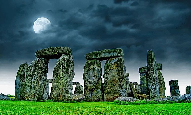 History And Mystery Behind The Origin Of Stonehenge
