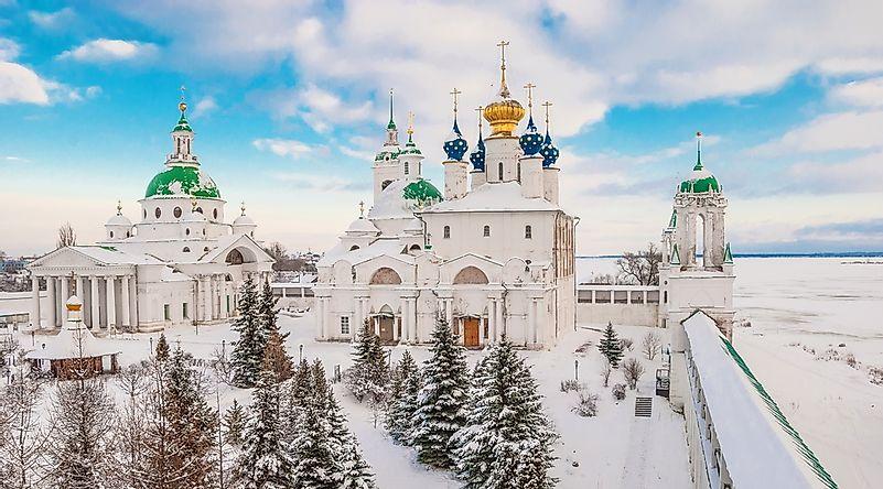 Monastery on the shore of Lake Nero in Rostov Veliky in winter.