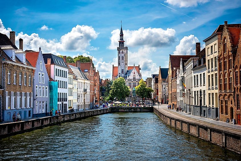 The Historic center of Brugge was inscribed in 2000 by UNESCO as World Heritage Site.
