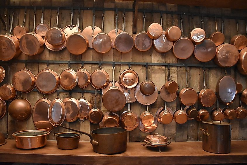 Copper housewares rank among the top 1,000 most traded products in the world.