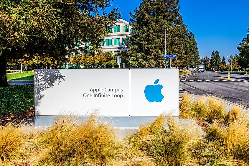 The main headquarters has the address 1 Infinite Loop