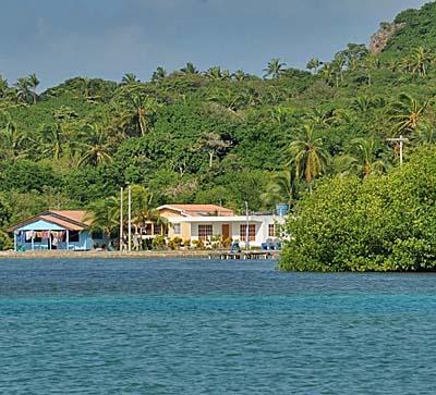 colombia, isla de providencia, beach houses