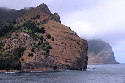 chile, isla robinson crusoe, cliffs