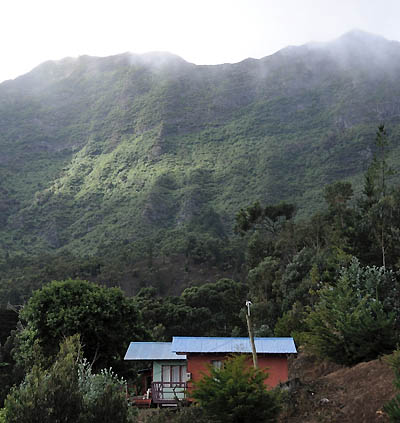 chile, isla robinson crusoe, houses