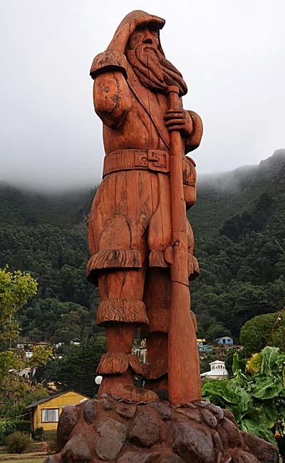 chile, isla robinson crusoe, statue of Alexander Selkirk