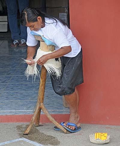 ecuador, manta, hat maker