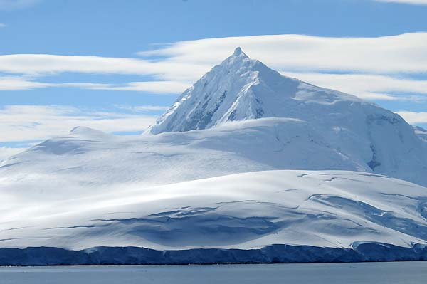 antarctica snow and ice