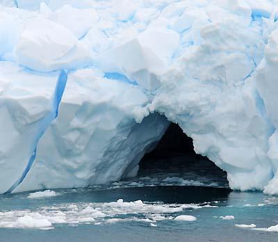 antarctica iceberg caves