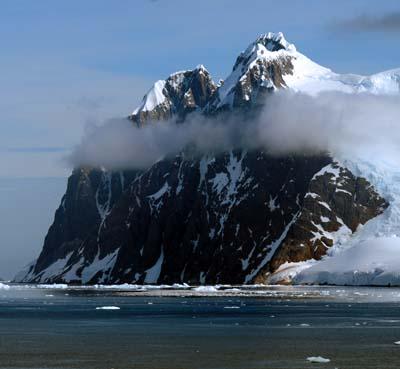 antarctica twin peaks