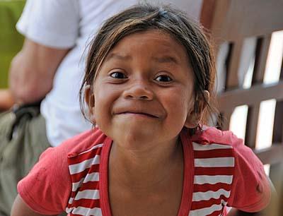 peru, paracas, little girl