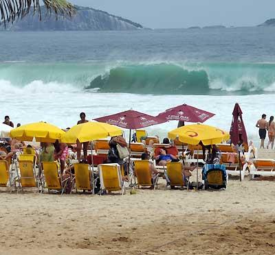 brazil, rio de janeiro, beach waves