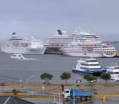 argentina, ushuaia, ushuaia harbor