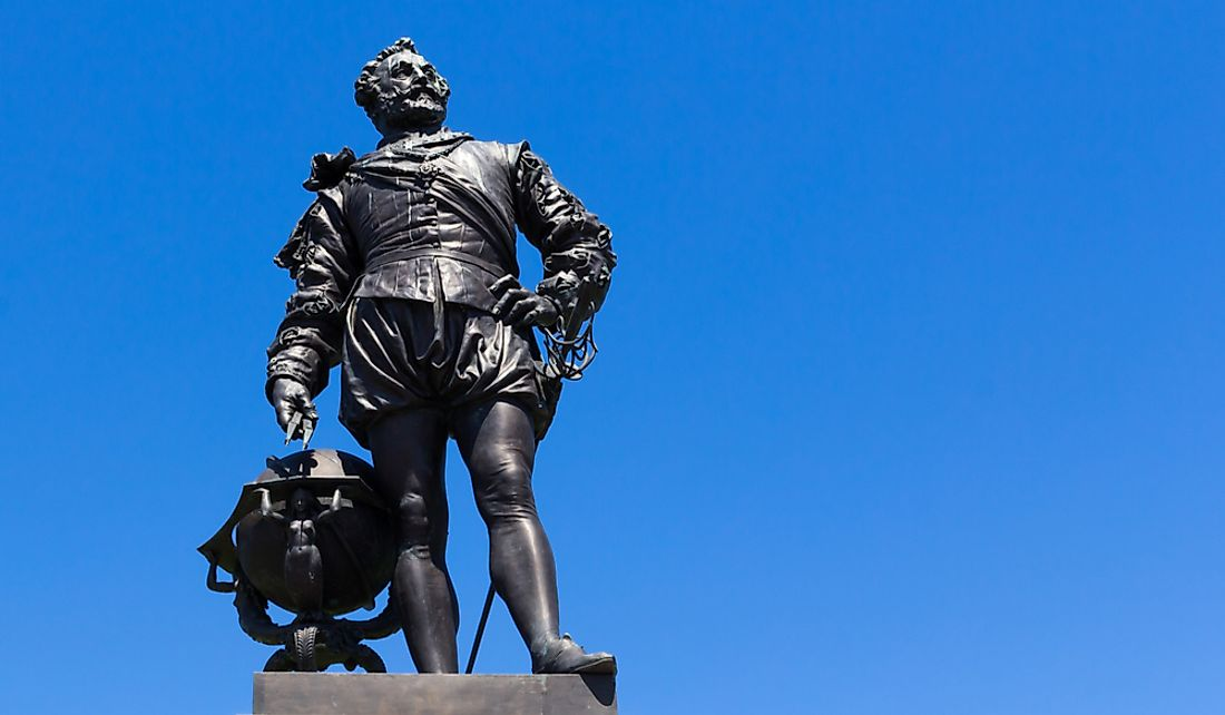 Statue of Sir Francis Drake in The Hoe in Plymouth, England.