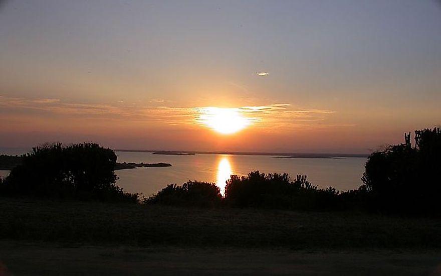 #9 Lake Edward