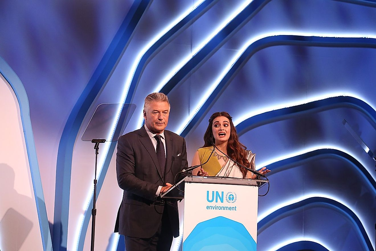 The United Nations Environmental Programme Champions of the Earth awards ceremony, hosted by Alec Baldwin and Diya Mirza. Image credit: AbhiSuryawanshi/Wikimedia Commons