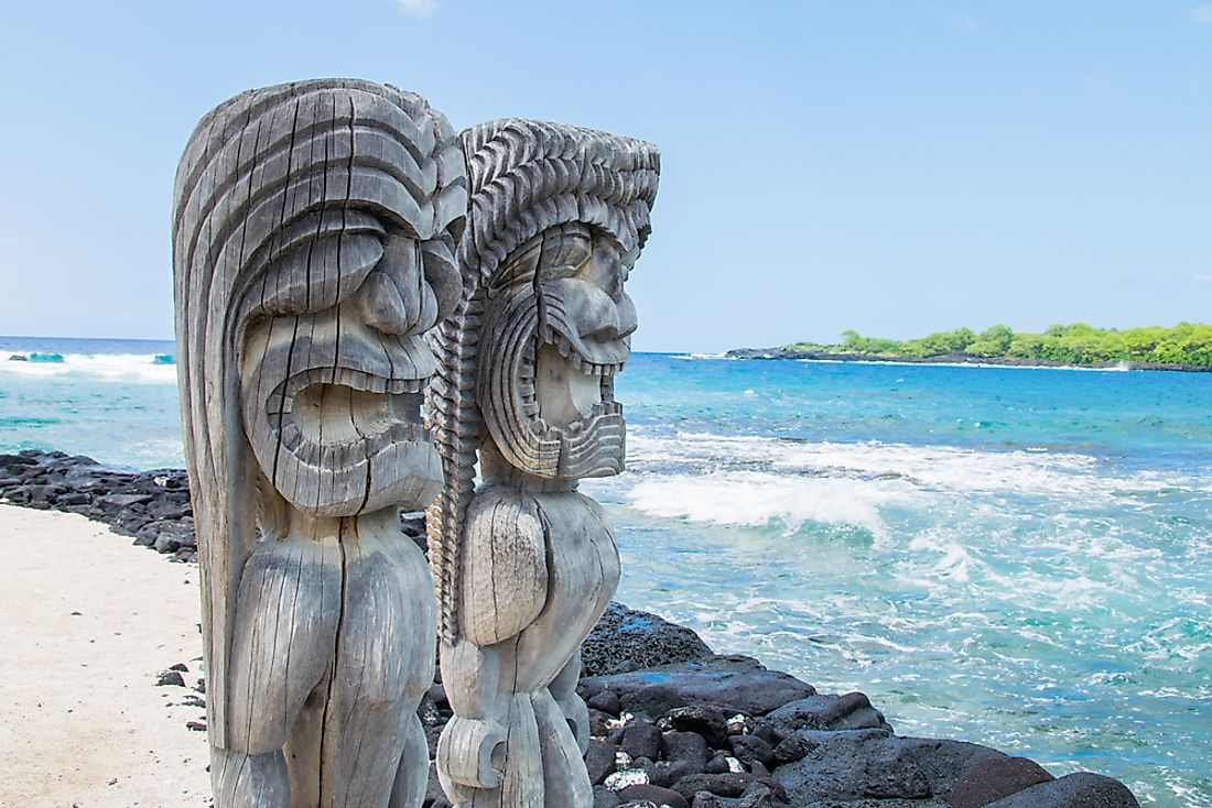 Ancient Polynesian carvings at the Ki'i Pu'uhonua O Honaunau National Park in Hawaii.