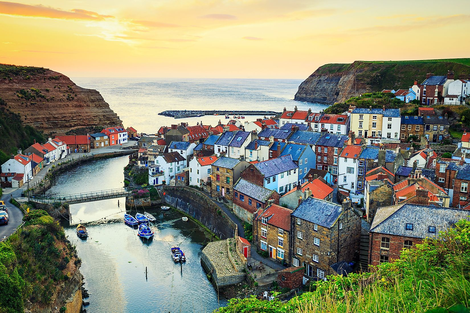 A quaint coastal town in Yorkshire, UK. Image credit: Lukasz Pajor/Shutterstock.com