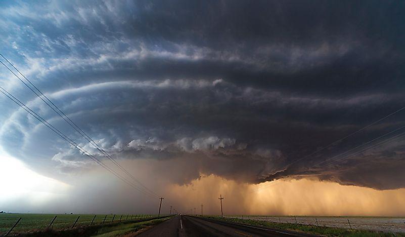 tornado-supercell.jpg