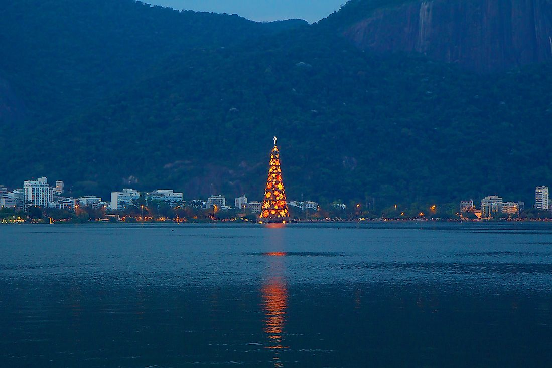 World's largest floating Christmas tree - Rio de Janeiro, Brazil.