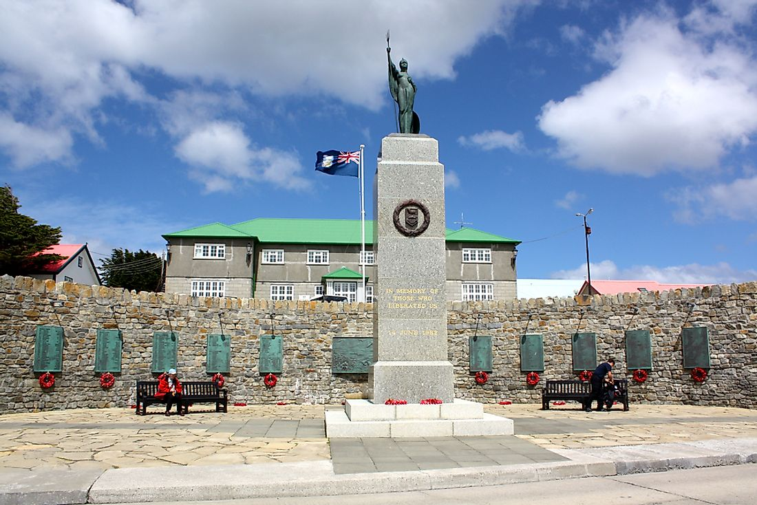 A monument to those fallen in the Falkland Islands.