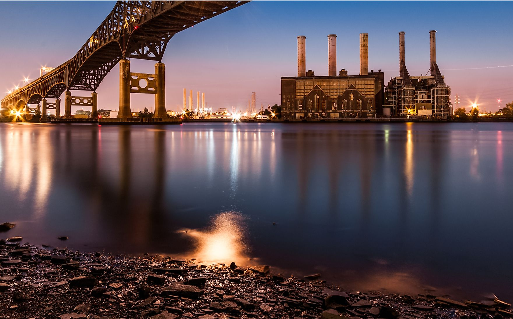 A power station in Jersey City, New Jersey. New Jersey is one of only nine states that participate in the Regional Greenhouse Gas Initiative. Mihai_Andritoiu / Shutterstock.com.
