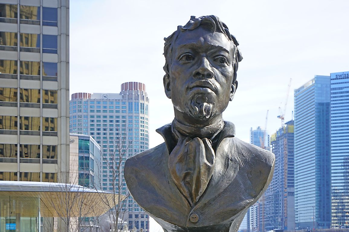 A statue of du Sable in Chicago. Editorial credit: EQRoy / Shutterstock.com.