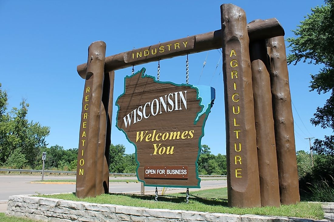 """Welcome to Wisconsin"" sign."
