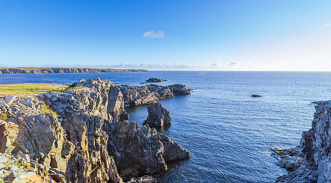 The province of Newfoundland & Labrador has the longest coastline in Canada.