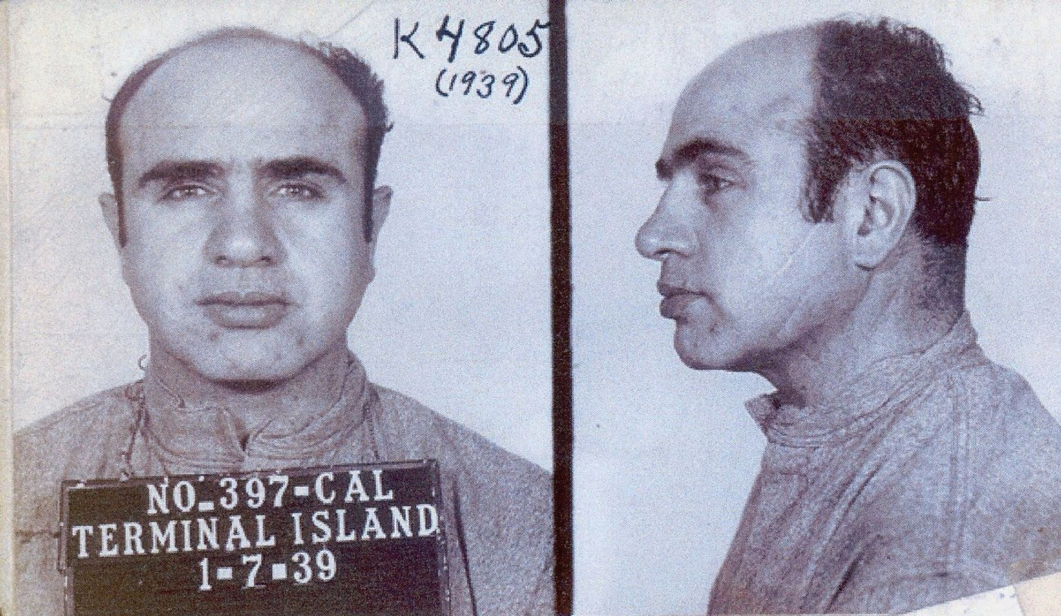 In March 1929, Capone was arrested after left a Chicago courtroom.