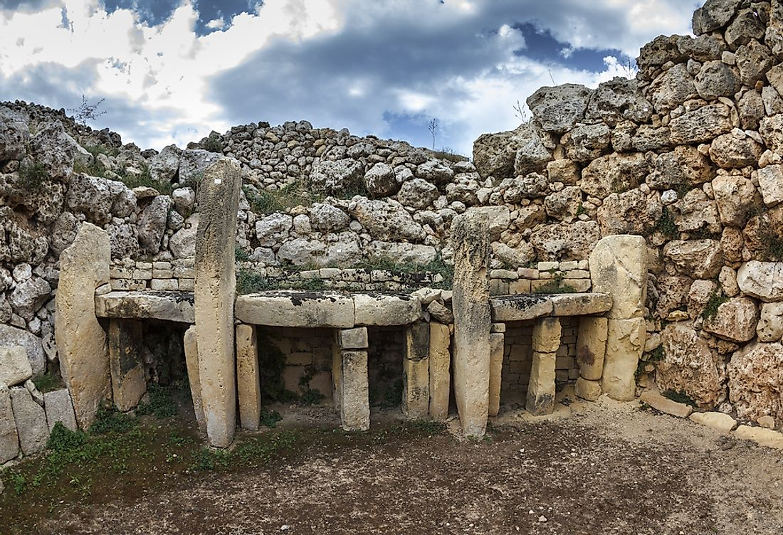 The 10 Oldest Buildings in the