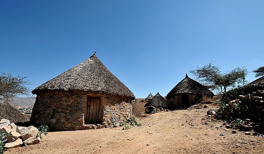 The common presence of thatched roofs and mud walls in many Eritrean homes are visible indicators of its poor economy.