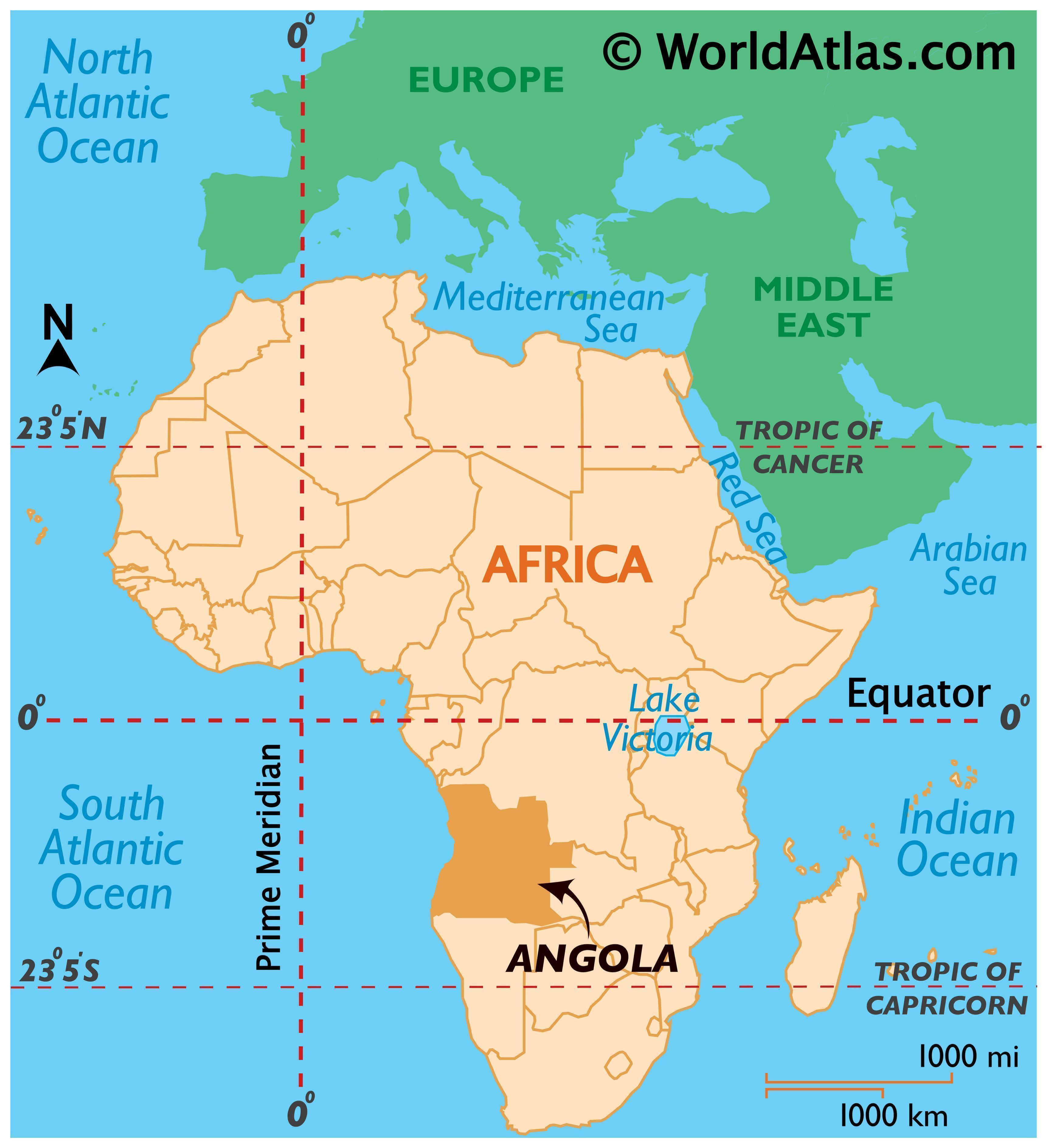 Map showing Angola in Africa with surrounding countries and their international borders