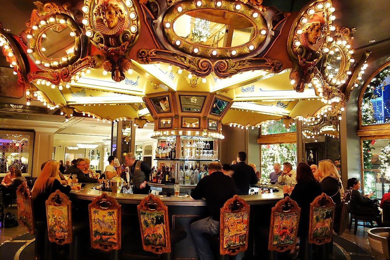Carousel Piano Bar & Lounge: New Orleans