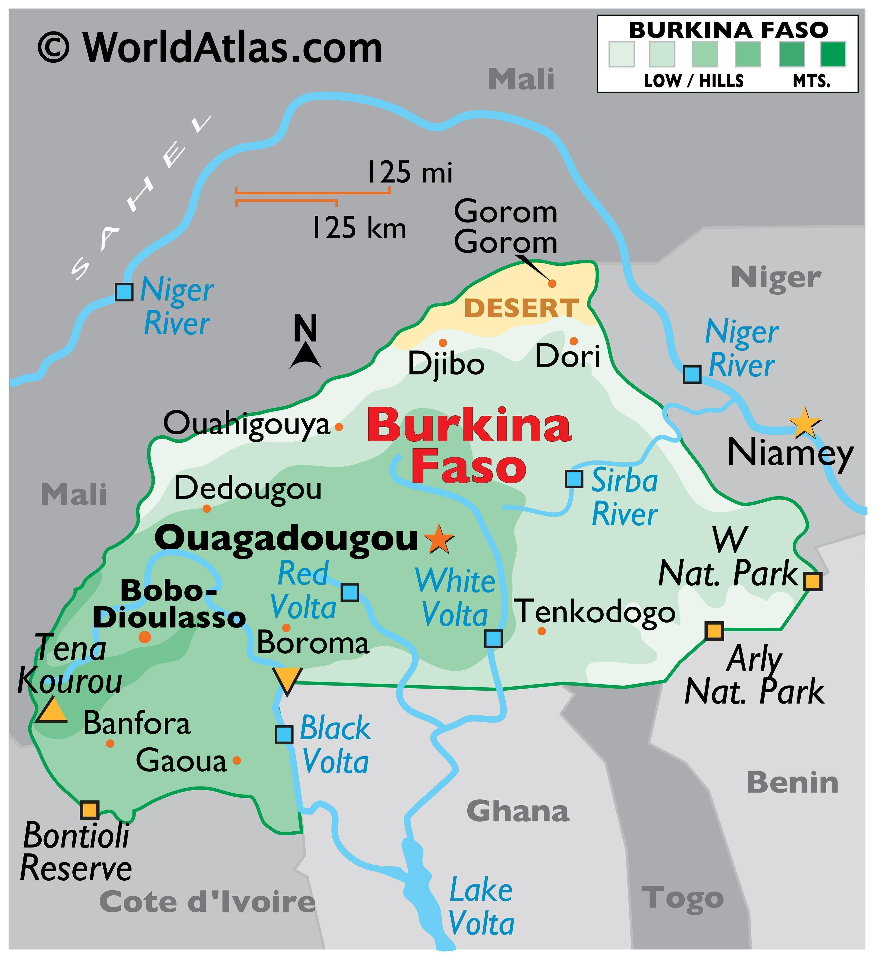 Physical map of Burkina Faso showing its state boundaries, relief, major rivers, extreme points, national parks, and major cities.