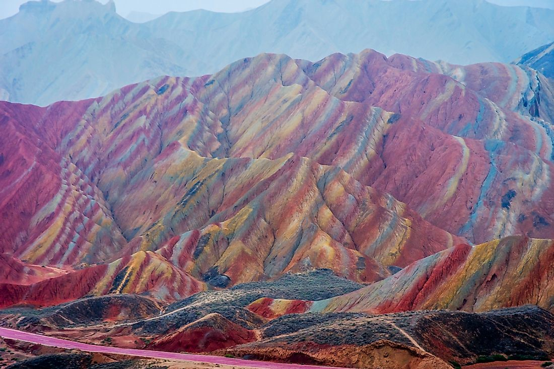 The Rainbow Mountains of the Zhangye National Geopark are famous around the world.