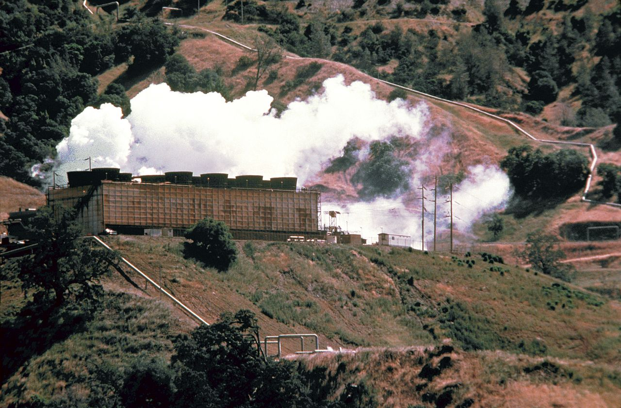 A geothermal power station. Image credit: N.Minton/Shutterstock.com