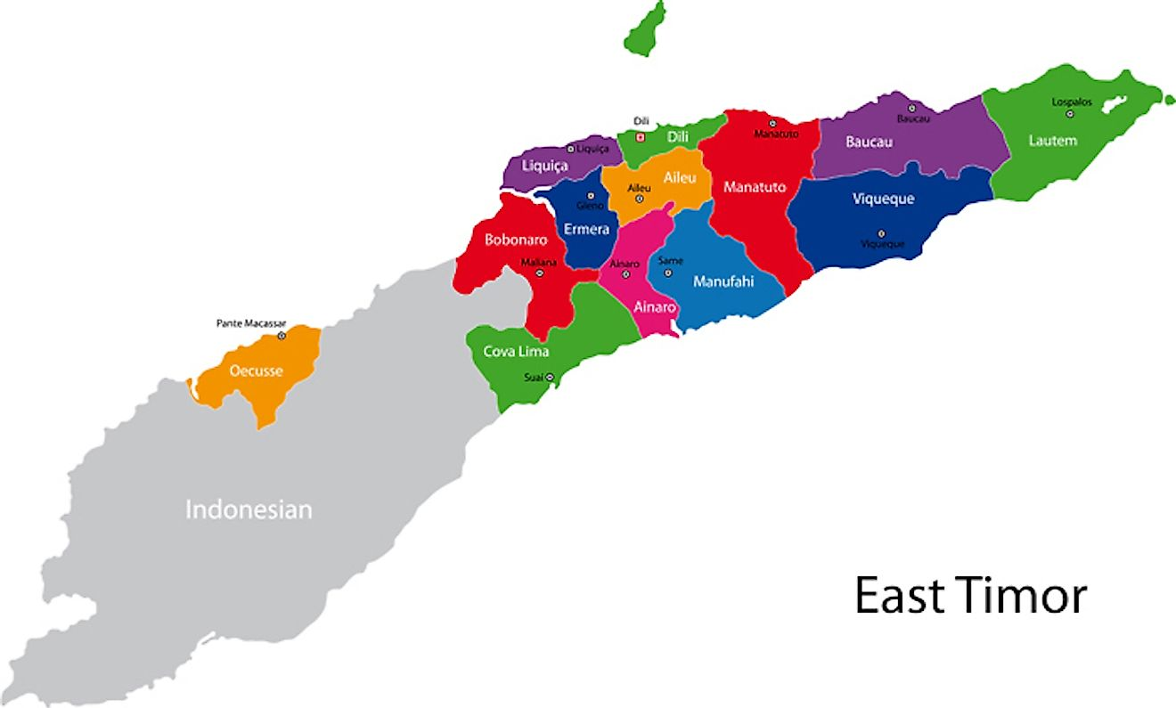 Political Map of Timor Leste showing the 13 municipalities, their capitals, and the national capital of Dili.