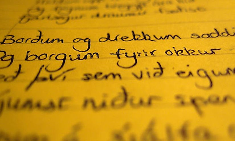 A handwriting extract; the Icelandic letters ð & þ are visible