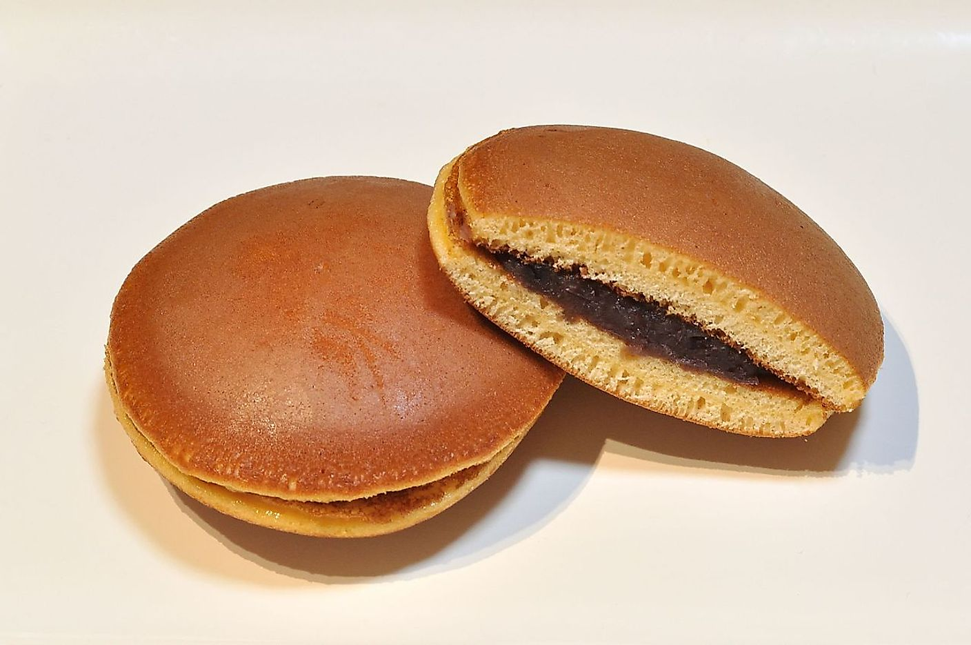 Typical dorayaki. Image credit: Ocdp/Wikimedia.org